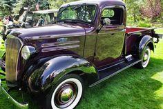 Purple vintage truck