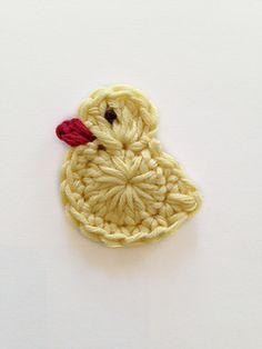Easter chick, duck or bird crochet appliqué by pearl hegedus - a free crochet pattern as a Ravelry download
