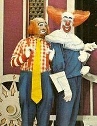 Bozo the Clown & Cooky. I still Practice Bozo buckets incase I make it on the show! Childhood Tv Shows, My Childhood Memories, School Memories, 1980s Childhood, Old Tv Shows, Kids Shows, Bozo The Clown, Creepy Clown, Fraggle Rock