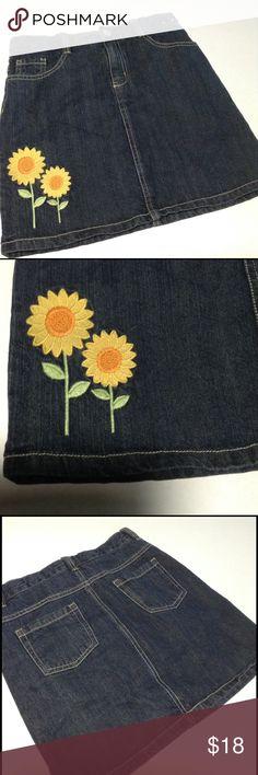 GIRLS 12 Gymboree Sunflower Smiles Denim Skirt Simply adorable!  100% dark rinse denim skirt with embroidered double sunflower.  Plain rear pockets. Gymboree Bottoms Skirts