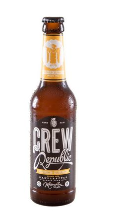 Cerveja Crew Republic Munich Summer, estilo Cream Ale, produzida por Crew AleWerkstatt, Alemanha. 4.8% ABV de álcool.