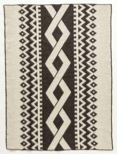 Lopi Wool Blanket - Dark Braid (0401) - Wool Blanket - Shop Icelandic Products