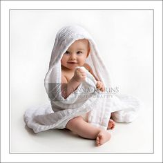 Baby Picture... so cute, I need 6 month pics of Bambino