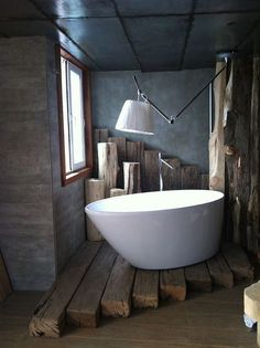 25 Homely Elements To Include In A Rustic Décor beams as flooding for tub?