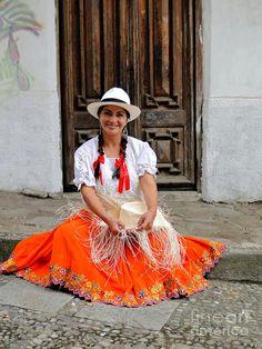 Panama hats maker in Cuenca, Ecuador.  Photo: Al Bourassa