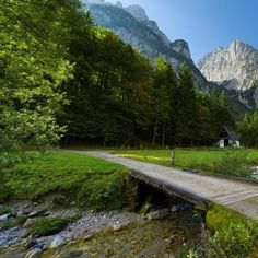 Country Roads, Mountains, Nature, Travel, Summer Recipes, Viajes, Naturaleza, Destinations, Traveling
