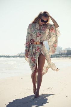 Vintage Amazing Floral Print Silk Kimono Robe HD Wallpaper