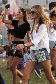 Rosie Huntington-Whiteley Photo - Rosie Huntington-Whiteley Out at Coachella