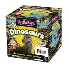 """¿Conoce desde el Tyrannosaurus al Triceratops? ¿O que el nombre del dinosaurio significa """"garra pesada""""? Desarrollado en colaboración con el Museo de Historia Natural, Dinosaurios BrainBox incluye datos curiosos sobre las criaturas más temibles y más queridos, que han vivido en la Tierra. Para mayores de 8 años"""