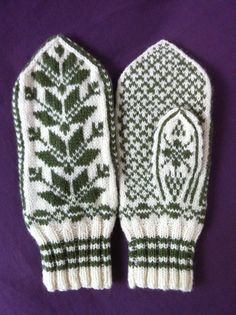 Hand Knit Mittens in Green and White Leaf by chloewillowknits, $145.00 Knitted Gloves, White Leaf, Knitting Designs, So Little Time, Knits, Hand Knitting, Knit Crochet, Folk