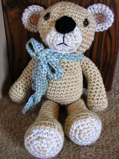 Made With Love Teddy Bear Crochet Pattern. I need to remember how to crochet! This is so cute! https://apps.facebook.com/yangutu