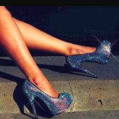 In LOOOVE wit these shoes
