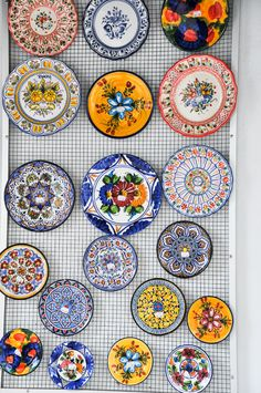 """Traditional Spanish designs on plates for a colorful table presentation with paella, tapas and other Spanish dishes. Or, use them for a design on the kitchen wall. ATKT Show: """"Paella"""" Living Room Decor Traditional, Traditional Decor, Traditional Spanish Dishes, Tapas Restaurant, Restaurant Design, Spanish Dinner, Spanish Tapas, Spanish Food, Tapas Party"""