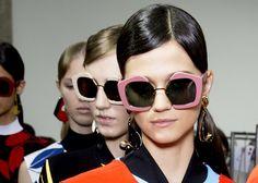 Marni Fashion In Focus: Spring/Summer 2016 Runway by Eyedolatry Oversized Sunglasses, Sunglasses Women, Crazy Sunglasses, Sunnies, Eyewear Trends, Fashion Week 2016, Girls With Glasses, Spring Summer 2016, Marni