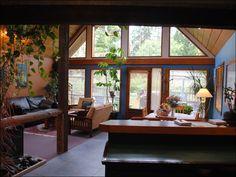 Gold Coast Retreat - Tofino Cabins & Cottages