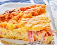 Quiche Lorraine has never been easier or tastier.and you can all tell your hubbies that yes, real men DO eat quiche and they can also use the Multifryer from De'Longhi Australia to cook it (while you put your feet up with a glass of wine! Low Carb Breakfast Easy, Healthy Breakfast Options, Breakfast Bake, Breakfast Casserole, Breakfast Recipes, Ham And Cheese Quiche, Quiche Dish, Ham Quiche, Quiche Sans Gluten
