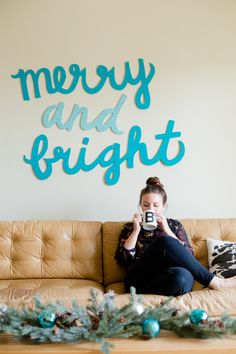 merry & bright wall art :: paper 'n stitch blog