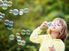 Looking for screen-free activity ideas to do with your kids this summer? These 9 screen-free activities will keep your kids busy this summer. Bubble Activities, Activities To Do, Calming Activities, Holiday Activities, Literacy Activities, Outdoor Activities, Homemade Bubbles, Child Teaching, Photoshop Overlays