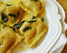 Kuchennymi drzwiami: Miłość od pierwszego zjedzenia. Ravioli con la Zuc...