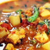 Aloo Tamatar Ka Jhol Recipe - Marinated pieces of potatoes and paneer fried. Simmered in a masala rich tomato gravy. Indian Paneer Recipes, Indian Food Recipes, Veggie Recipes, Vegetarian Recipes, Cooking Recipes, My Favorite Food, Favorite Recipes, Cottage Cheese Recipes, Recipe Master