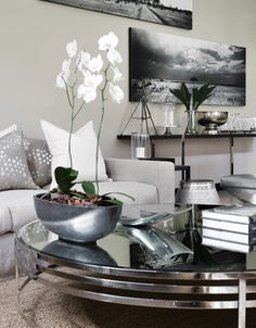 Coffee Table Decor | Tessa Proudfoot and Associates.