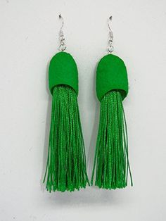 Pendientes de seda y flecos en color verde. Drop Earrings, Jewelry, Fashion, Dyed Silk, Bangs, Earrings, Cute, Green, Colors