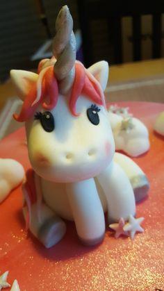 #unicorn #Einhorn #fondant #caketopper