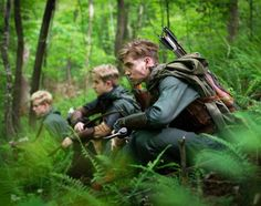 Young adult male rangers sitting in a forest on lookout - waiting - character inspiration - group - bow and arrow - people Fantasy Inspiration, Story Inspiration, Writing Inspiration, Character Inspiration, Character Design, Story Characters, Fantasy Characters, Storyboard, Rangers Apprentice
