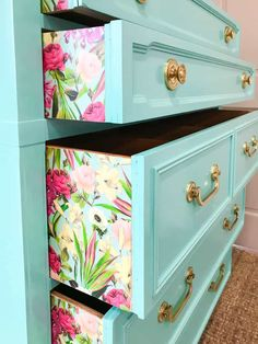 Quick and Easy Paper Application For Furniture - DIY Furniture Makeover Diy Furniture Renovation, Diy Furniture Cheap, Diy Furniture Hacks, Refurbished Furniture, Colorful Furniture, Repurposed Furniture, Furniture Projects, Furniture Makeover, Garden Furniture
