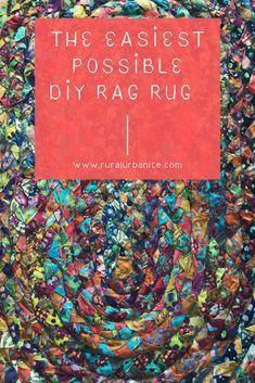 The Easiest Version of a Rag Rug — Rural Urbanite – Braided Rugs Fabric Rug, Fabric Scraps, Scrap Fabric, Rag Rug Diy, Diy Rugs, Diy Crochet Rag Rug, Recycler Diy, Tshirt Garn, Sewing Crafts