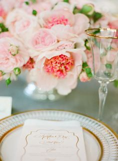 Picture perfect place setting #garden-rose | Photography: Jose Villa Photography - josevillaphoto.com Event and Floral Design: Kathleen Deery Design - kathleendeerydesign.com Planning: Laurie Arons Special Events - lauriearons.com/  Read More: http://www.stylemepretty.com/southeast-weddings/2013/11/22/wedding-accessory-moments-round-up/