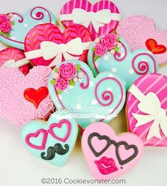 Keeping it #simple, #Cute and #sweet with these #hearts #love #heartsunglasses #pink #shortbreadcookies #cookievonster #vancouvercookies
