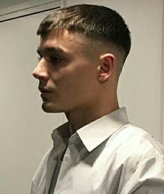 Short back and sides -- zero sides Mens Hairstyles With Beard, Hair And Beard Styles, Hairstyles Haircuts, Haircuts For Men, Easy Hair Cuts, Short Hair Cuts, Short Hair Styles, Crew Cut Hair, Vintage Haircuts