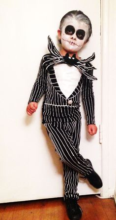 Easy DIY Jack Skellington costume. So rad. Love Nightmare Before Halloween!