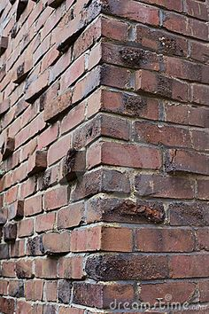 Klinker or Clinker brick corner