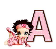 Alfabeto de Betty Boop con letras rosa y lunares blancos.