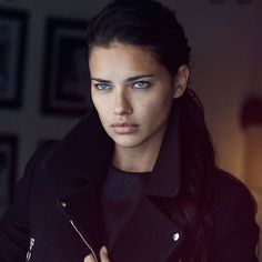 adrianalima:💔 Waking up with the saddest news today is not here with us anymore💔 RIP 💔 Brazilian Supermodel, Adriana Lima, News Today, Girl Power, Supermodels, Curly Hair Styles, Beautiful People, Victoria Secret, Photo And Video