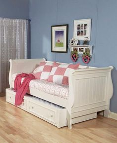 trundle bed... this one would look very nice in my little one's room with wainscoting.