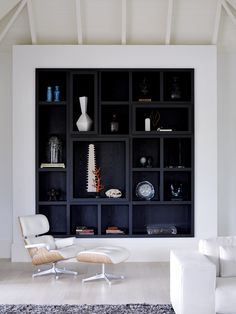 Decorating idea: black backed built-ins Piet Boon Styling by Karin Meyn Decor, Furniture, Storage Design, Shelves, Interior, White Furniture, Home Decor, House Interior, Shelving