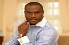 Trends and Politics  : Nigeria's president congratulates new Ooni of Ife