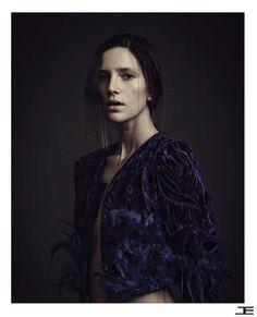 #jacket #velvet #feathers #etiennejeanson #couture #paris #girl #model #shoot #spring #summer #desert #rose #sand #sable #collection #topless photo : John Hennequin