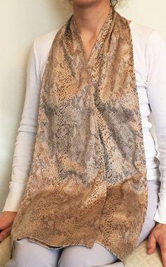 Cravaat Long Snakeskin- adult bib dining scarf More