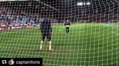 Instagram media by igkcoaching - It looks so easy.. _______________________________________________________ #hugolloris #france #goalkeeper #goalkeepers #goalkeepertraining #goalkeepercoach #goalkeepercoaching #torwart #torwarttraining #torwarttrainer #keeper #målvakt #målvaktsträning #gktrainer #gktraining #gktrainingvideos #målmandstræning #soccer #football #fussball #sport