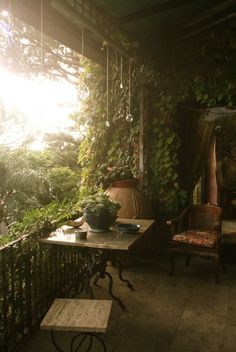 Home decoration outdoor backyard romantic bohemian outdoor space backyard space plants and green house outdoor living Outdoor Rooms, Outdoor Living, Outdoor Gardens, Beautiful Homes, Beautiful Places, Balcony Garden, Balcony Ideas, Garden Spaces, Porch Garden