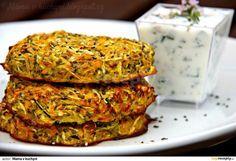 Bulgurové placky s lilkem (kibbeh) Healthy Vegetable Recipes, Healthy Vegetables, Raw Food Recipes, Healthy Cooking, Cooking Recipes, Healthy Recepies, Healthy Snacks, Czech Recipes, Food Inspiration