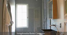 Glasdusche im modernen Bad