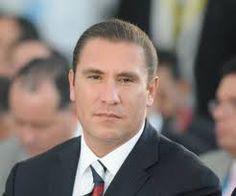 Rafael Moreno Valle: Líder de Política.  Pablo García