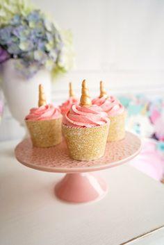 Unicorn cupcakes from a Pastel Unicorn Birthday Party Unicorn Birthday Parties, First Birthday Parties, Birthday Party Themes, First Birthdays, Birthday Ideas, 7th Birthday, Rainbow Unicorn Party, Party Fiesta, Unicorn Cupcakes