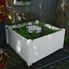 Keyhole 4 ft. x 4 ft. Composting Garden Bed CAN'T GO OVER THE ROCKS
