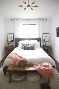Small Master Bedroom Design with Elegant Style Small Bedroom Ideas Bedroom Design Elegant Master Small Style Small Guest Rooms, Small Master Bedroom, Master Bedroom Makeover, Guest Bedrooms, Simple Bedroom Small, Minimalist Bedroom Small, King Size Bed In Small Room, Small Bedroom Decor On A Budget, Minimal Bedroom